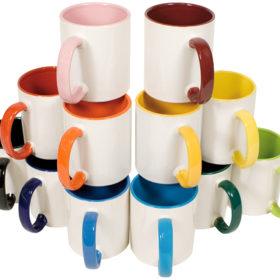 Tasse Henkel und innen farbig